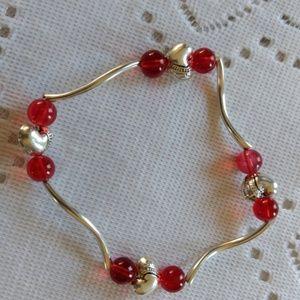Jewelry - Red Heart beeded bracelet